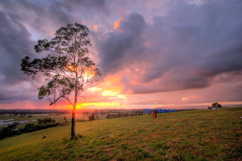 Woodford Sunrise Hilltop Stage