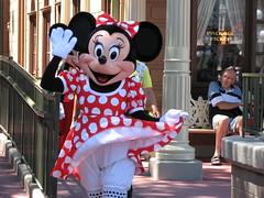 Minnie Mouse (tmac0381) Tags: vacation geotagged orlando florida disney minniemouse waltdisneyworld magickingdom favorited faved canonpowershots3is