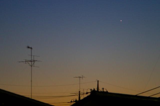 宵闇の一番星