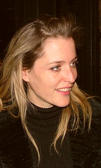 Gillian Anderson - TSSIBB - Stage Door - April 2004. (law_keven) Tags: portrait england london play scifi gillian xfiles facepic gilliananderson gacc explore500 gauk photoexel beautyshoots thesweetestswinginbaseball