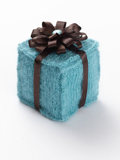 Free Knitting Patterns Gifts : Ravelry: Knitted Gift Box pattern by Tanis Gray