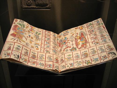Codex réalisé par un succesion de feuillets reliés au dos