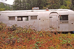 2007_01250038 (Curtis Gregory Perry) Tags: usa abandoned oregon america us pacific northwest or united abandon vacant pacificnorthwest vehicle states trailer rv forsaken deserted recreational recreationalvehicle