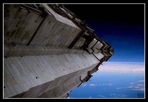 Spaceship_by_Ark221