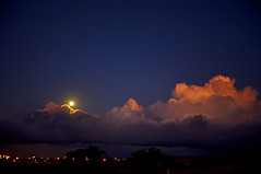 Waikoloa Moonrise (Bill Adams) Tags: sunset moon clouds stars hawaii village orb luna explore saturn waikoloa spectnight icantseemtocomeupwithanymoretags
