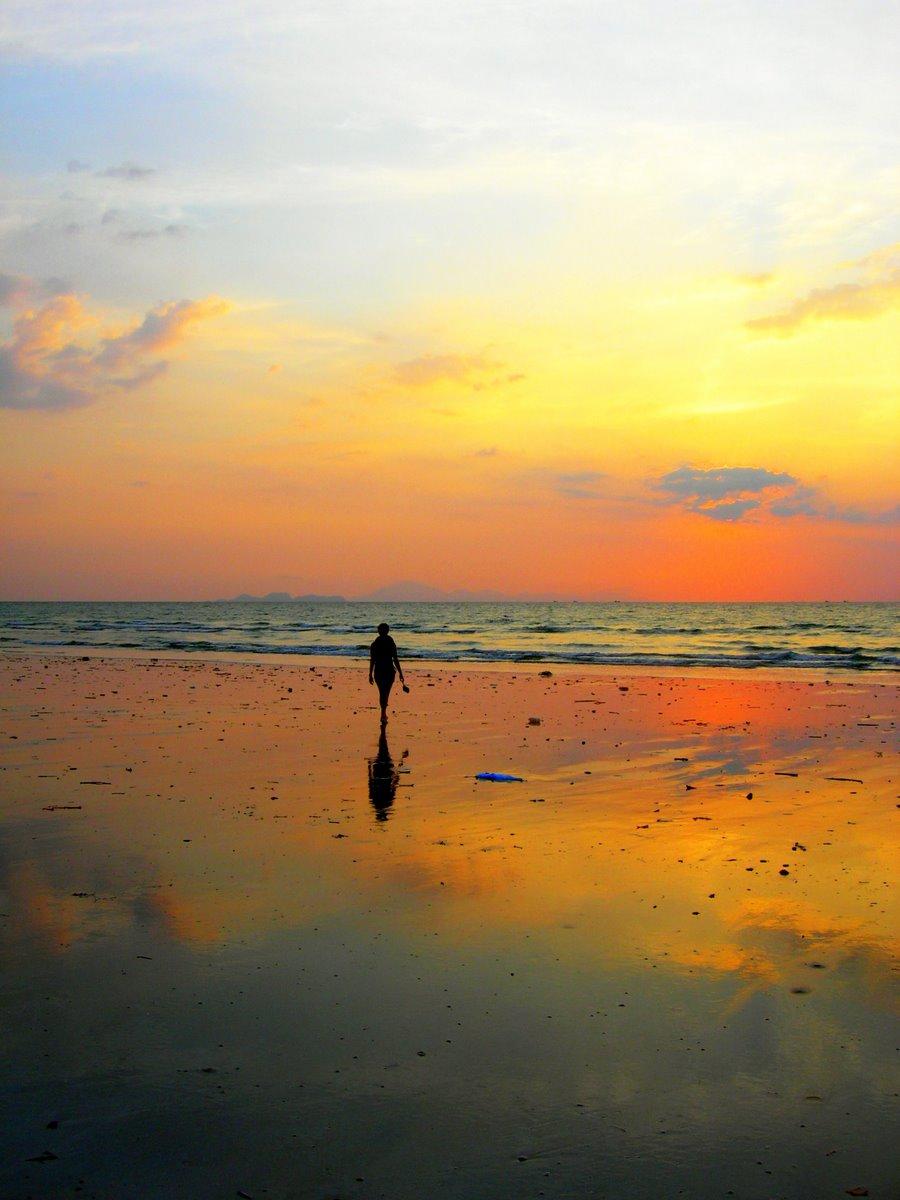 Sunset walk, Koh Tarutao, Thailand
