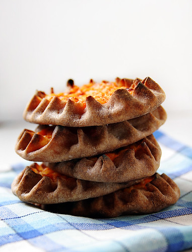 Karelian carrot pasties