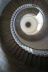 mathematical staircase (kelpenhagen) Tags: uk london tag3 taggedout tag2 tag1 fibonacci wren stpaulscathedral sirchristopherwren fibonaccispiral october06 mathematicalstaircase