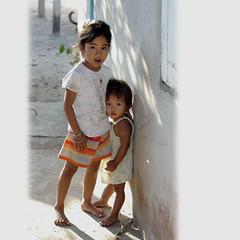 """hu hu ... (Yorick...) Tags: white kids square asian thailand asia yorick 50mmf18d renaudvince"