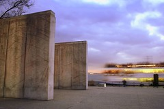 docking (Farl) Tags: park nyc newyorkcity longexposure travel blue ny newyork colors jack boat us memorial downtown manhattan battery batterypark circleline names docking eastcoastmemorial