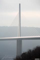 IMG_4397 copie (AlainG) Tags: bridge france canon south 2006 5d millau viaduc aveyron