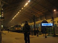 Stranju @ Budapest Station (Stranju) Tags: station travels 10 budapest central stazione viaggi treno ungheria binari treni canonpowershots3is leregolesonofatteperessereinfrante dipassaggio stranju withcanonican seppianaturale