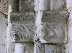 Sant Lloren d'Isavarre (PCB75) Tags: roman capital catalonia escultura porta catalunya romanesque glise ainhoa catalogna pirineu pallars pallarssobir catalogne romnic capitell esglsia isavarre f0003 provnciadelleida