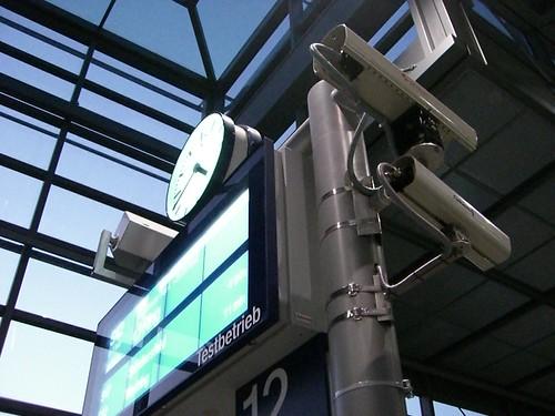 Personal unterstützt die Kameras? ©CBS_Fan.com/flickr.com