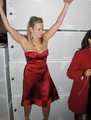 Chelsea Handler (Joe Shlabotnik) Tags: red losangeles strapless reddress 2007 goldenglobes faved chelseahandler january2007