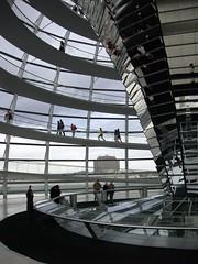salir anche se poco, ma salir.. (la_eli) Tags: cupola architettura vetro berlino trasparenza reichstah