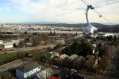Portland Aerial Tram going the other way again