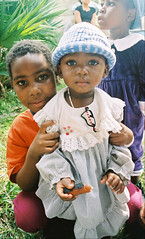 Children of Bantu Refugees (Barefoot In Florida) Tags: children refugees somalia bantu