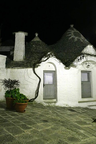 Symbols on a trullo