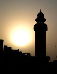 Wazir Khan Mosque, Lahore (Naeem Rashid) Tags: pakistan d50 minaret mosque punjab lahore masjid wazirkhan