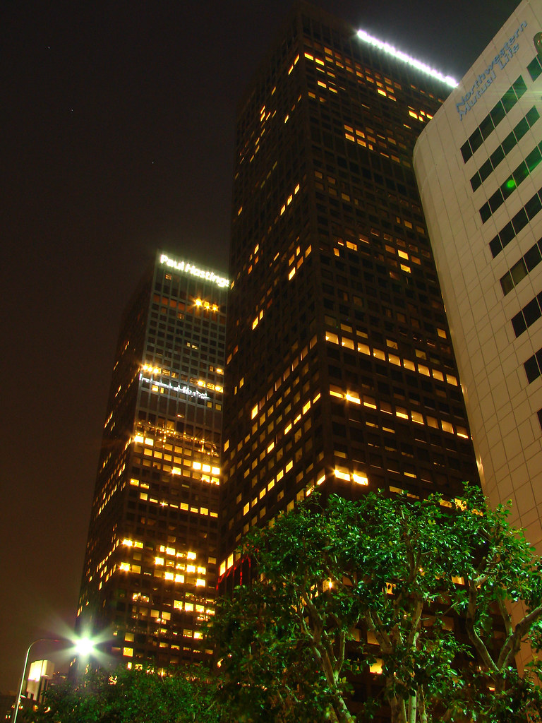 Los Angeles::City National Bank Plaza - Paul Hastings Tower and City National Tower