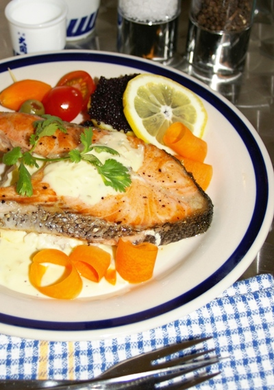 Grilled Salmon Steak with White Sauce