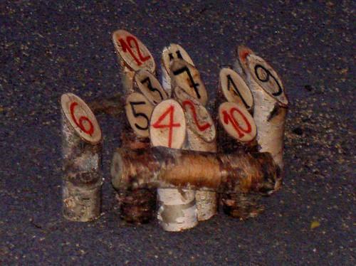 juego de palos hechos a mano