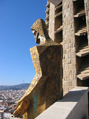 Sagrada Familia (rob4xs) Tags: barcelona church iglesia kirche gaudi sagradafamilia kerk eglise jesuschrist torredecollserola jezuschristus