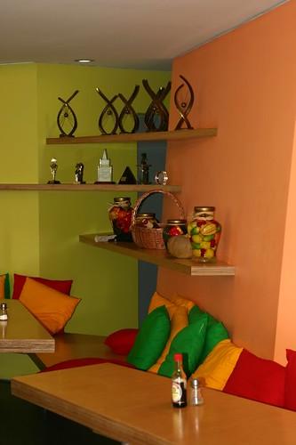 Дом Яндекса: столовая
