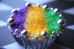 Mardi Gras King Cakes - design 2 (sugar-bliss gnome) Tags: food cupcake mardigras kingcake dragee sweetcandy anawesomeshot