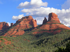 Oak Creek Canyon Sedona Arizona (Al_HikesAZ) Tags: arizona mountains topf25 clouds creek forest landscape ilovenature oak day 500v20f cloudy hiking sedona az bluesky canyon hike ridge national redrocks fv10 blueskies hikes mitten oakcreekcanyon coconino coconinonationalforest oakcreek naturesfinest sr89a 89a outstandingshots awesomenature 123faves 25faves impressedbeauty unature goldenphotographer  flickrelite azhike alhikesaz azwsedona virtualjourney virtualjourneygallery