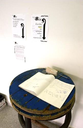 Transversal- Instalacion 4 - Libro de invitados