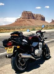 Triumph Trident on Coast-to-Coast Trip (RichardMid67) Tags: usa biking triumph motorcycle monumentvalley trident