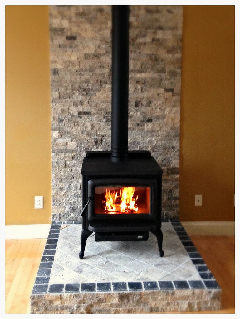 Pacific Energy Summit Wood Stove. Harrison, Tn.