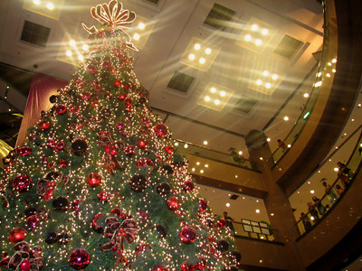 Giant Takashimaya Christmas Tree