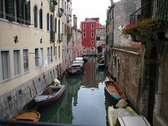 Venice (Jennifer Phillips) Tags: venice boats canal italiy