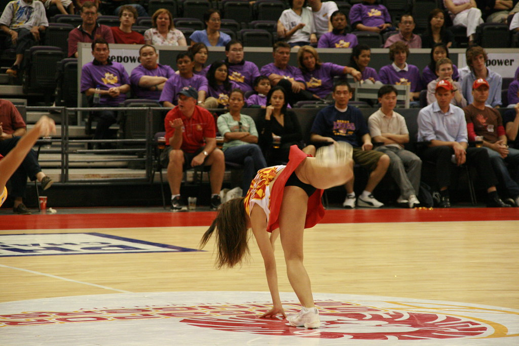 IMG_1683 (doggiesrule04) Tags: girls hot sexy beautiful basketball asian  women singapore cheerleaders dancing
