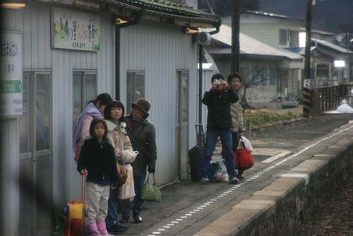 Hanawa-line train 05
