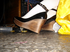 Snow White (s.o.f.t.) Tags: wood white black feet stockings yellow disco shoes dj dress floor legs pat curves platform disguise heel sole snowwhite ankles razzmatazz cuir partymonster