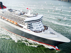The Arrival of the Queen Mary 2 (Telstar Logistics) Tags: sanfrancisco ship qm2 queenmary2 cunard