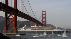 QM2 @ GGB (A Sutanto) Tags: sf sanfrancisco california ca bridge usa bay ship event goldengatebridge goldengate cruiseship qm2 queenmary2 greet fanfare