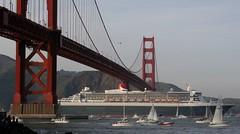 QM2 @ GGB (A Sutanto) Tags: sf sanfrancisco california ca bridge usa bay ship event goldengatebridge goldengate cruiseship qm2 queenmary2 greet fanfare
