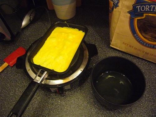 cooking egg garnish for ddok cook