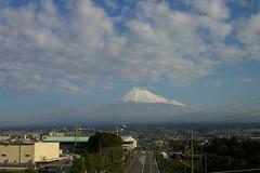 車窓より富士を望む
