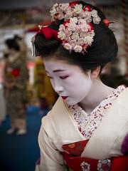 Baika-sai, Kitano-tenmanguh shrine (Masahiro Makino) Tags: girl japan digital kyoto shrine olympus maiko adobe kimono zuiko  lightroom theface e500 1454mm f2835   mywinners abigfave impressedbeauty impressedbeatuty travelerphotos kitanotenmanguh
