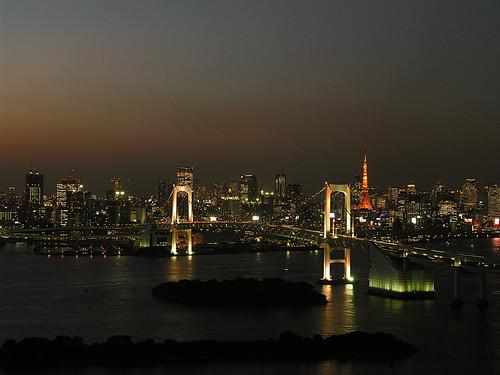 夕暮れ虹橋