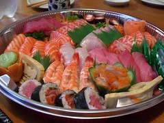 Sushi Sashimi Platter - Suzuran (avlxyz) Tags: food fish sushi japanese raw sashimi maki casio nigiri exilim rawfish makisushi nigirisushi z850