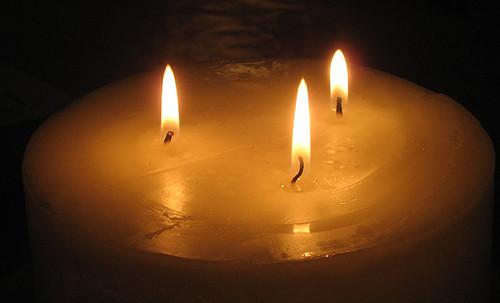16:29 - köksmys med tända ljus