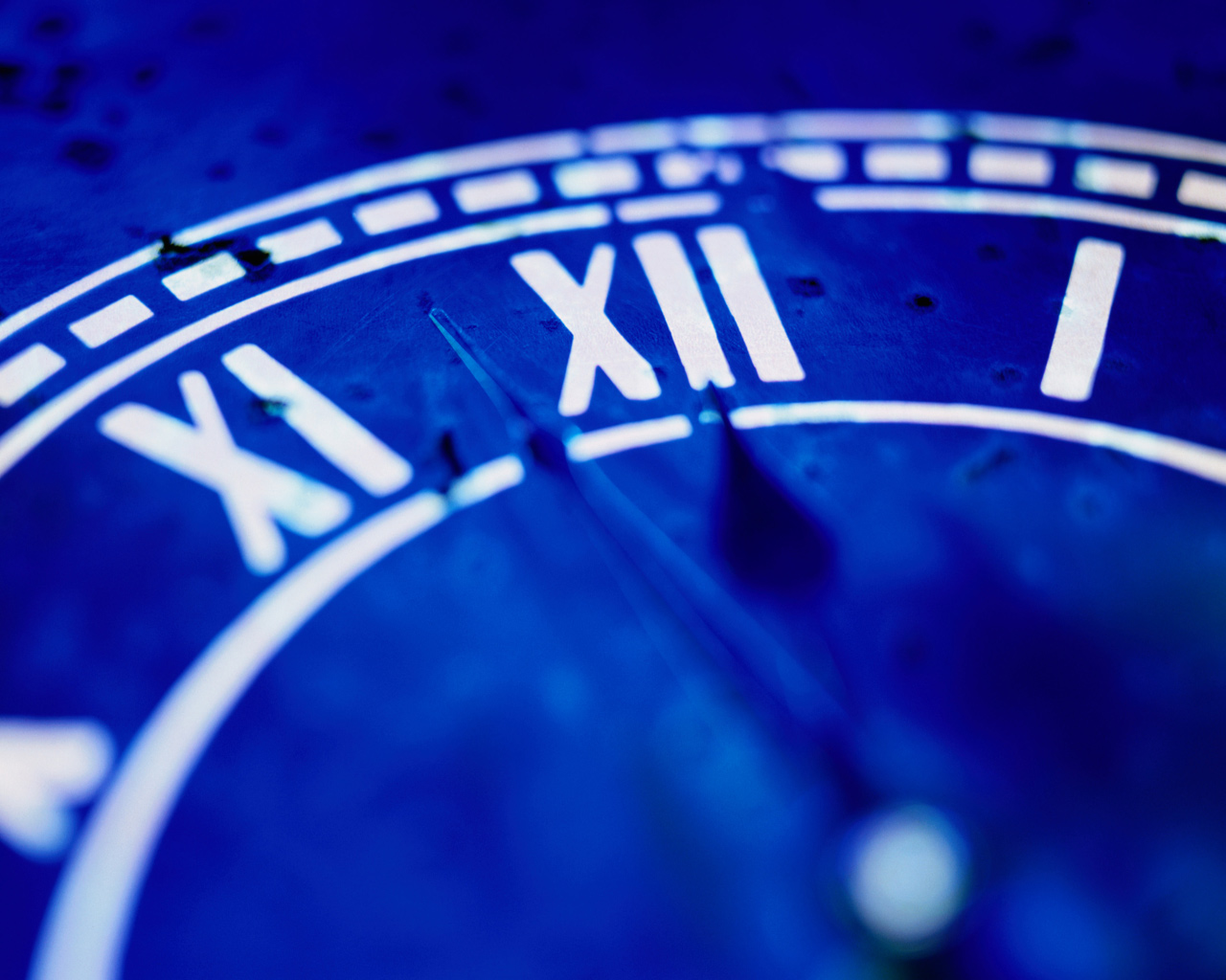 Blue Clock | Download This Wallpaper