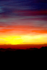 FASCE DI TRAMONTO (Momenti di Montagna) Tags: new winter sunset italy mountain snow alps colour trekking tramonto year 2006 alpi orobie dicembre montagna alpinism arera prealpi